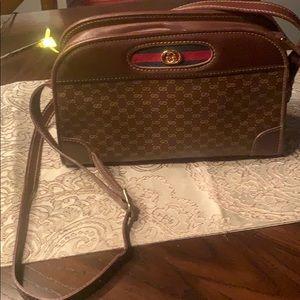 Authentic Vintage Gucci Bag 👜